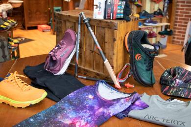 Passion Sport Torino - attrezzatura per nordic walking firmata injinji e altra running